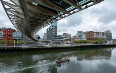 Underside of the Zubizuri footbridge, by Santiago Calatrava, Bilbao, Spain (PPL1-Corrected)
