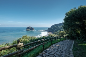 Access path to San Juan de Gaztelugatxe hermitage, Spain (PPL1-Corrected