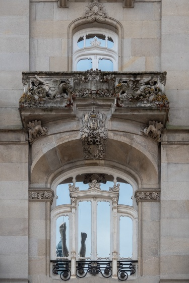 Smeon Building detail, Porta do Sol, Vigo, Galicia, Spain (PPL1-Corrected)