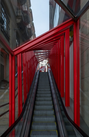 Base of the Vigo Vertical escalator at Porta do Sol, Galicia, Spain (PPL1-Corrected)